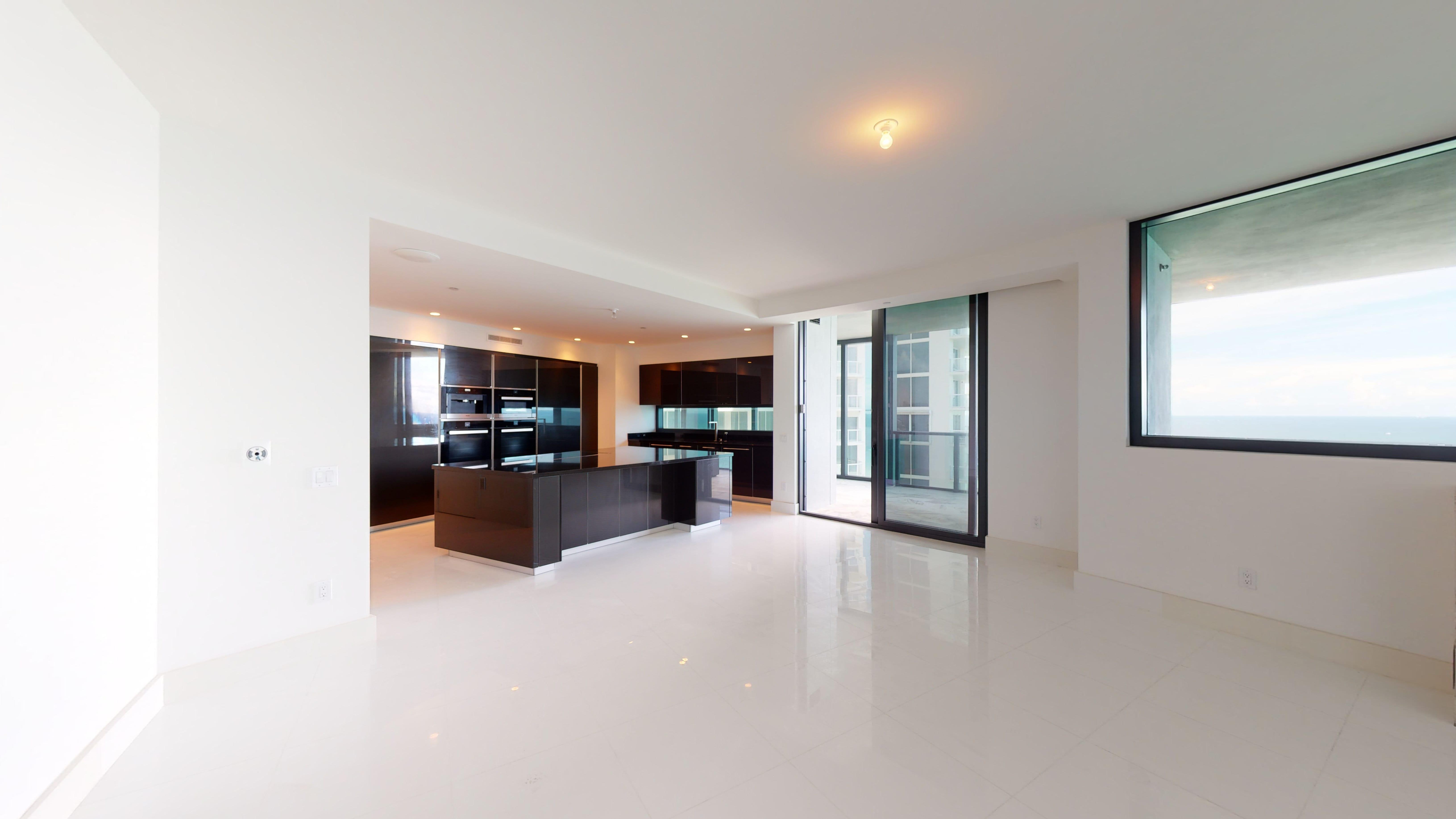 Porsche-Design-Tower-Unit-2205-10012020_082348