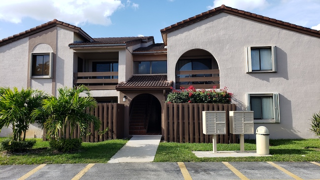 Online Auction: Condominium 8999 SW 123rd Court, Unit 106-7, Miami, FL
