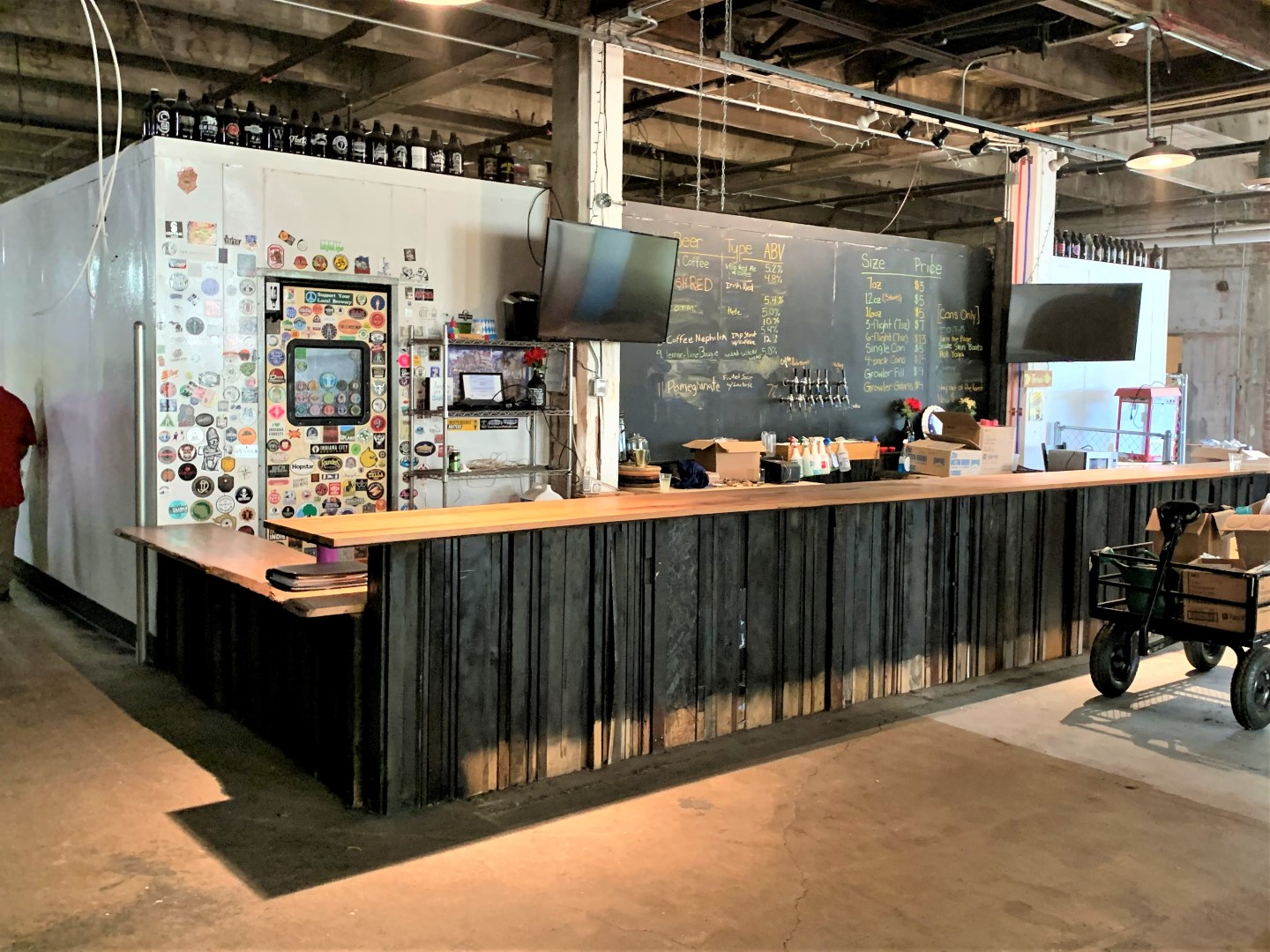 Round Town Brewing Online Auction in Indianapolis, IN - Key