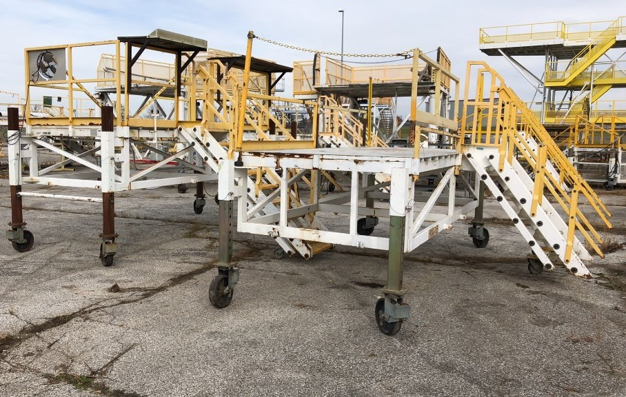 IAA Platform Ladders, Work Platforms & Scrap Online Auction In Indianapolis, IN