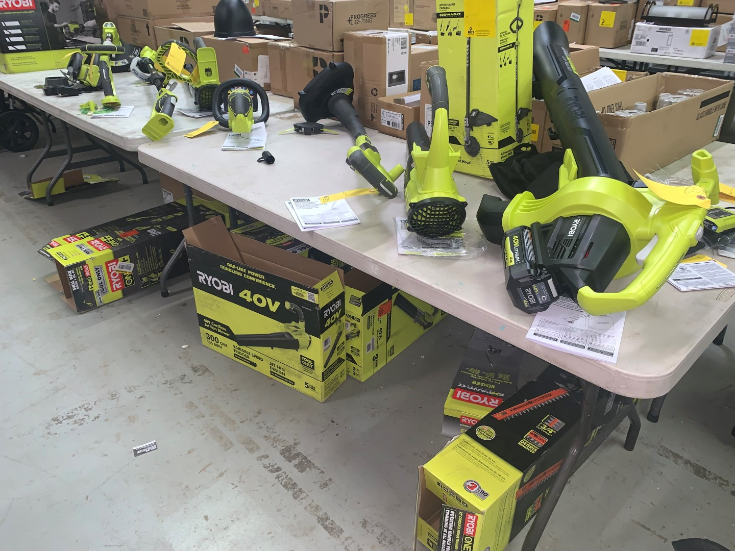 Home Depot Returns Online Auction In Indianapolis, IN
