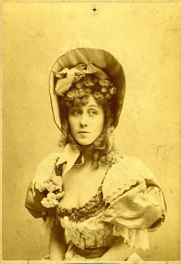 Jane Avril, c. 1900.