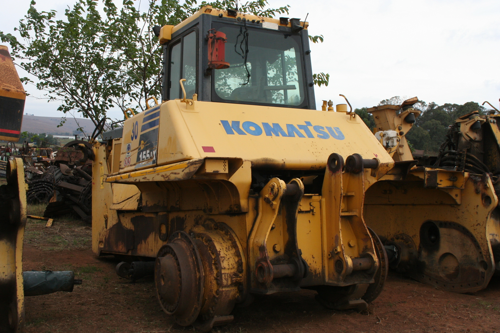 Komatsu Bulldozers (Stripping For Spares)
