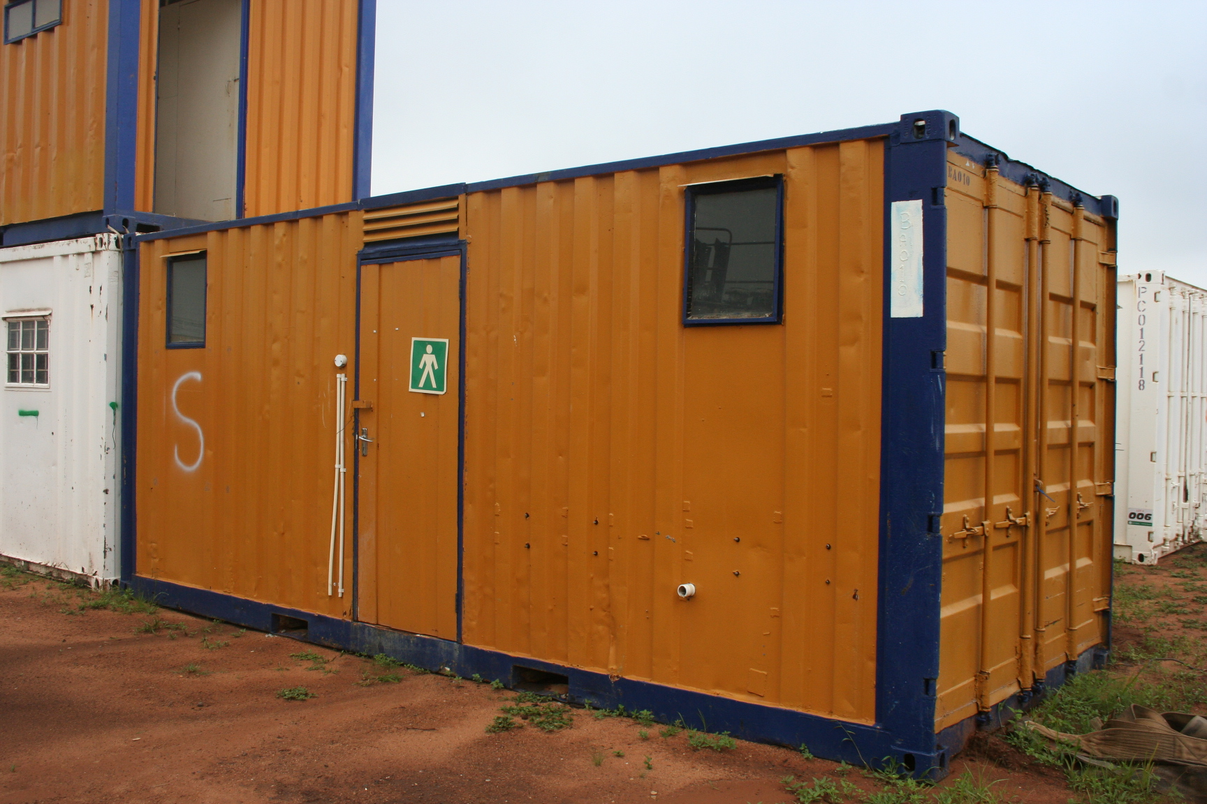 6m Ablution Container