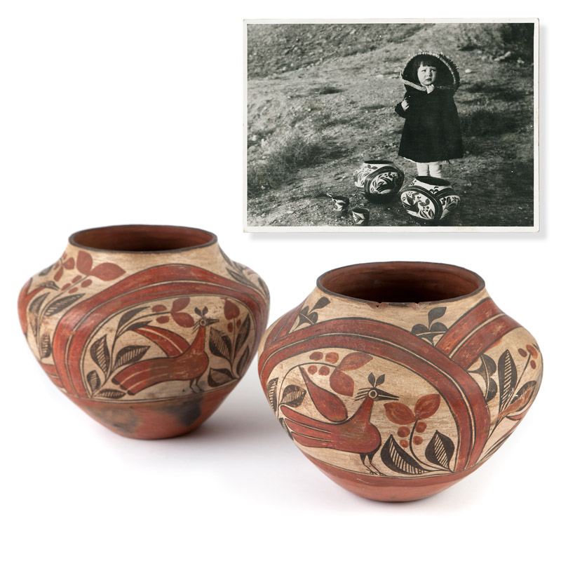 A pair of Zia three-color pottery ollas