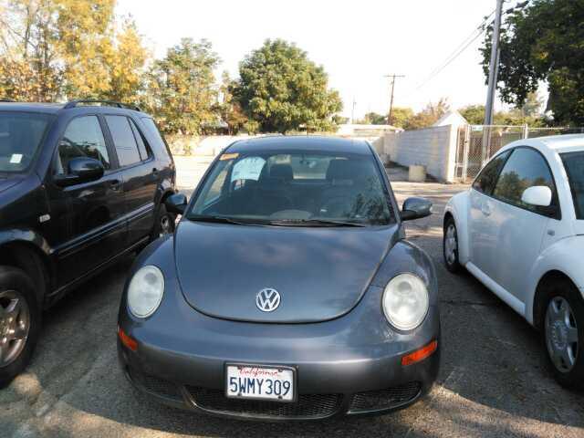 Used 2006 Volkswagen New Beetle
