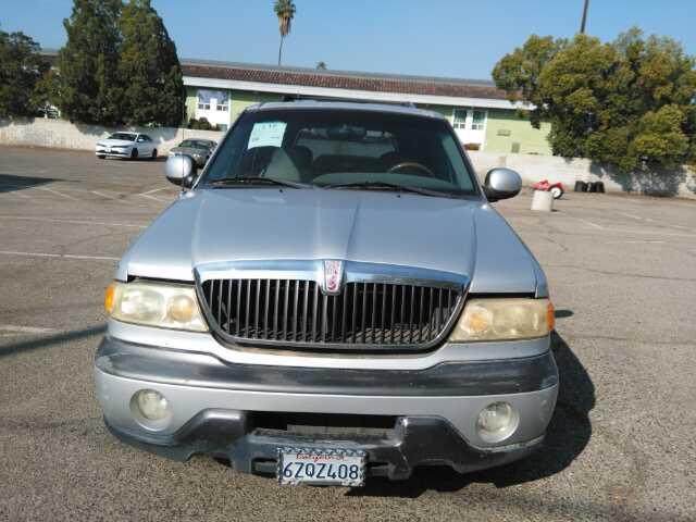 Used 1999 Lincoln Navigator