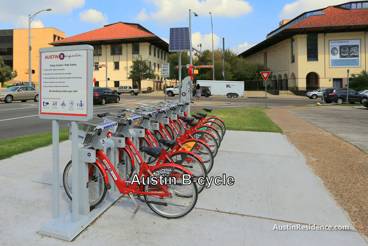 Downtown Austin B-Cycle Near UT