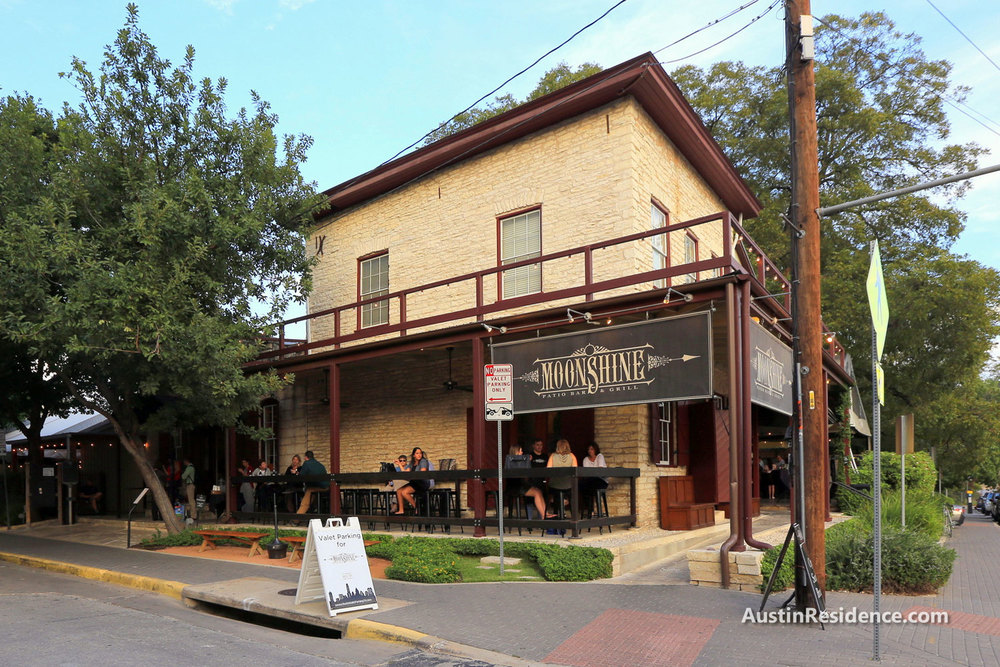 Downtown Austin Moonshine Patio Bar and Grill