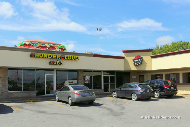 Riverside Thundercloud Subs and Pizza Hut