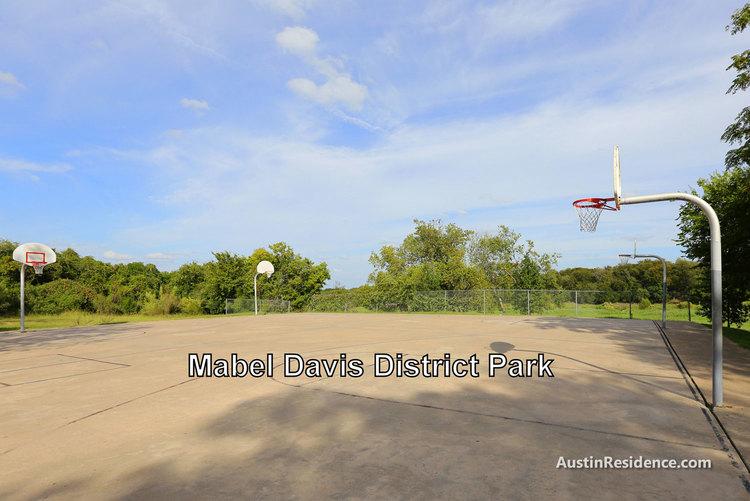 Riverside Mabel Davis District Park Basketball Courts