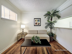 Aspenwood Apartments in Hyde Park, Austin, TX 78751 24