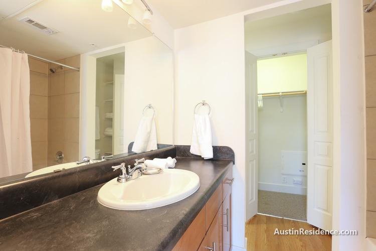 Buckingham Square Apartments in North Campus, Austin, TX 78705 14