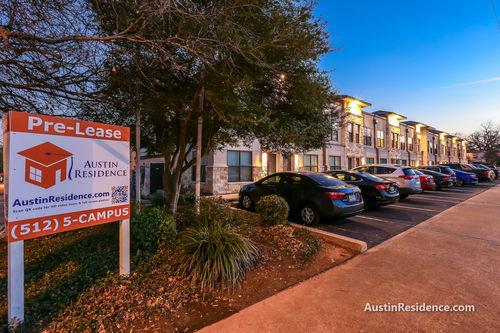 West Campus Apartments | UT Austin TX Apartments