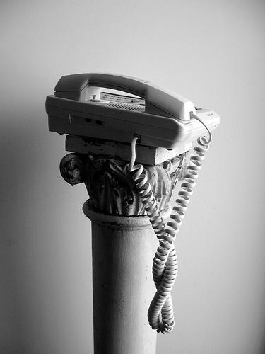 phone follow-up pedistal