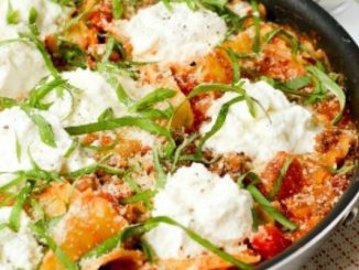 Skillet Lasagna Topped with Ricotta