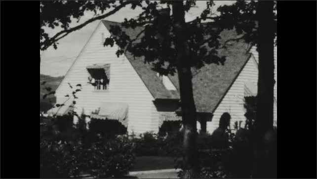 1930s: Exterior of house.