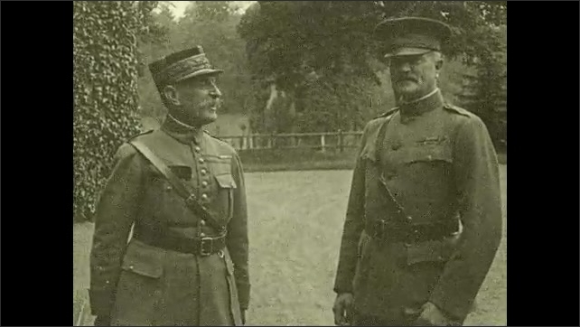 1910s: Two generals talk to each other.