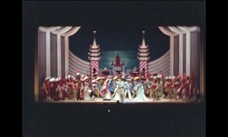 1930s: UNITED STATES: dancers on stage in Hot Mikado show. Performers take bow at end of stage.