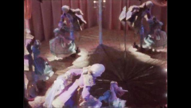1960s: NEW YORK, UNITED STATES: animatronic ballroom dancers in Christmas window.