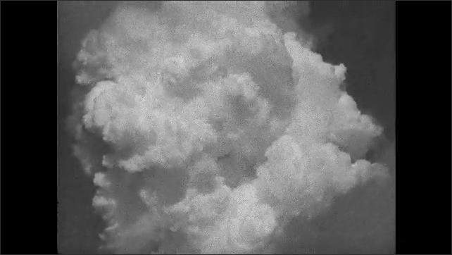 1940s: Mushroom cloud over the ocean.