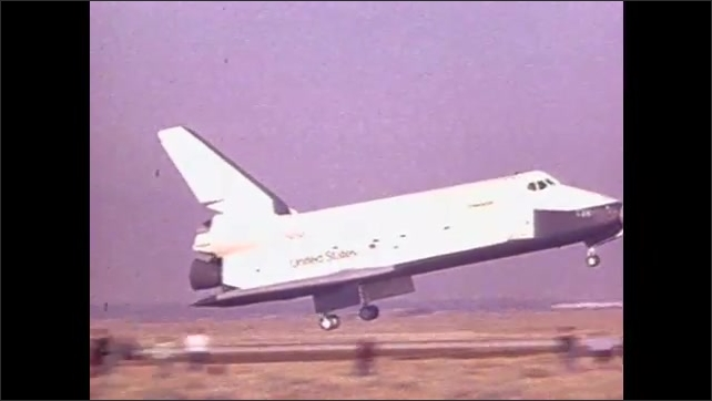 1990s: Pilot-induced oscillation occurs as aircrafts fly toward runway.