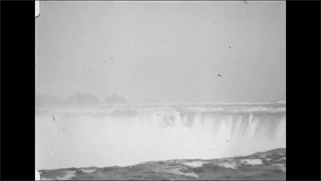 1930s: Niagra falls waterfall.