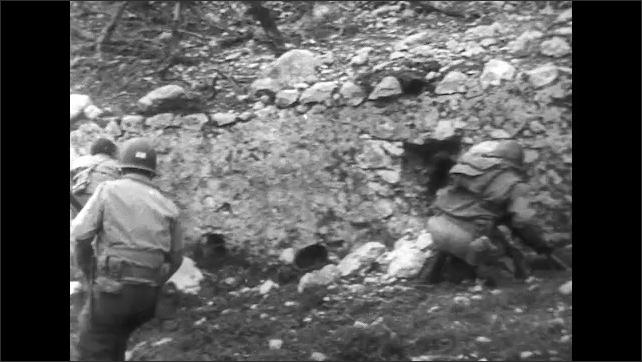ITALY 1943: Volunteer Patrols Head for Enemy Territory