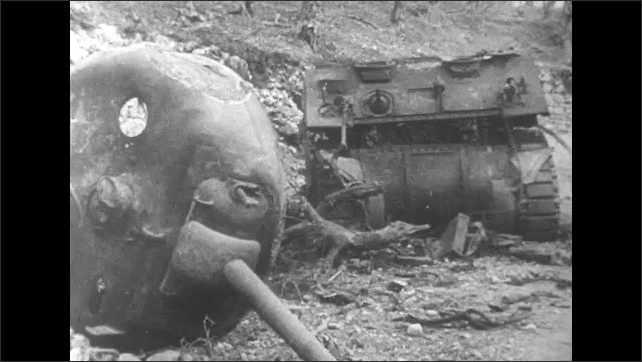 ITALY 1943: Tanks Destroyed in Attack
