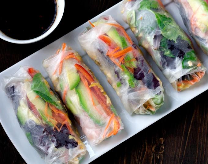 Chicken and Vegetable Salad Rolls