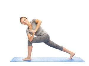 lunge variation pose