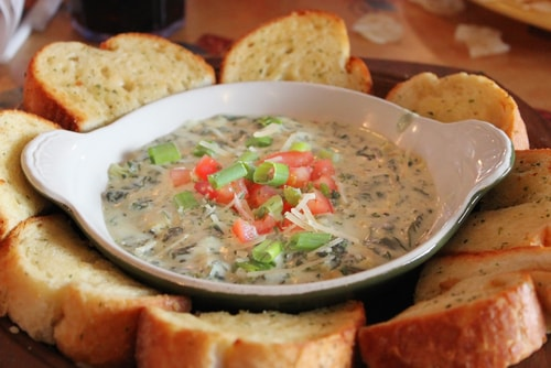 avoid dips to get less calories in your restaurant food