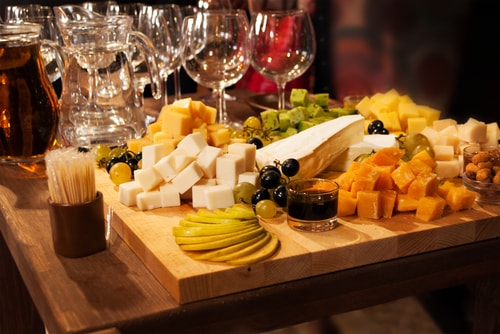commit to staying away from cheese plate to stay motivated to lose weight