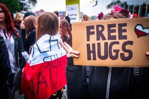 hugs make you happy