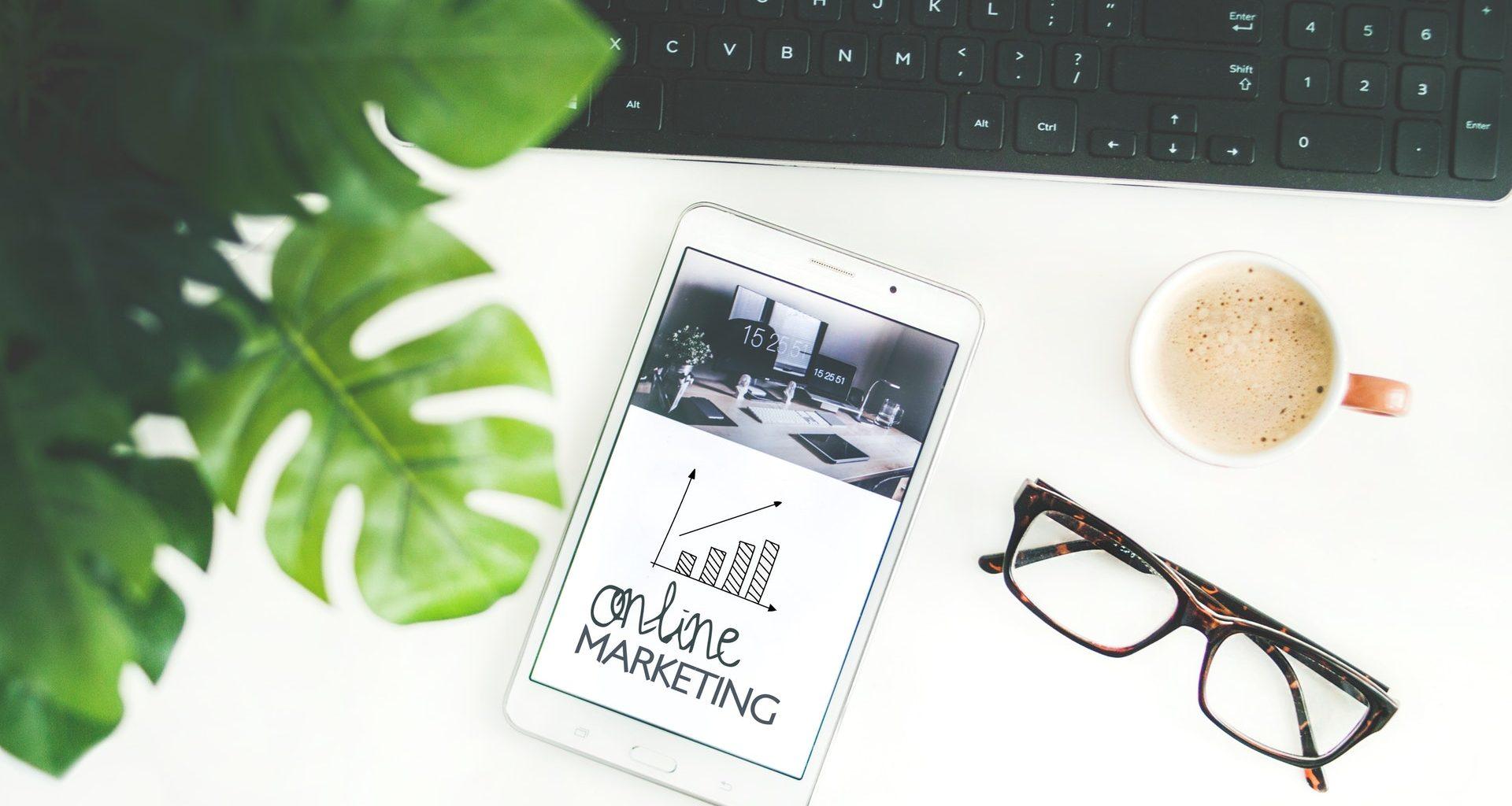 online marketing, computer, phone, glasses
