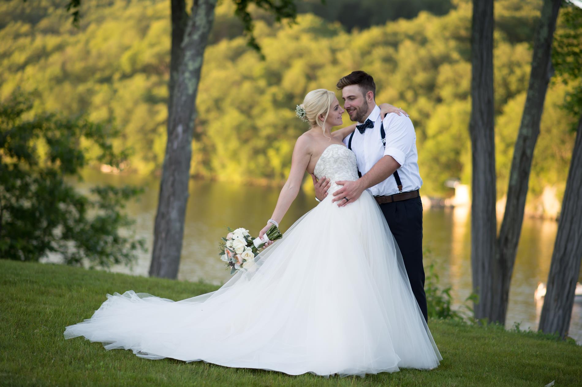 Alex & Laura Engagement & Wedding Photos