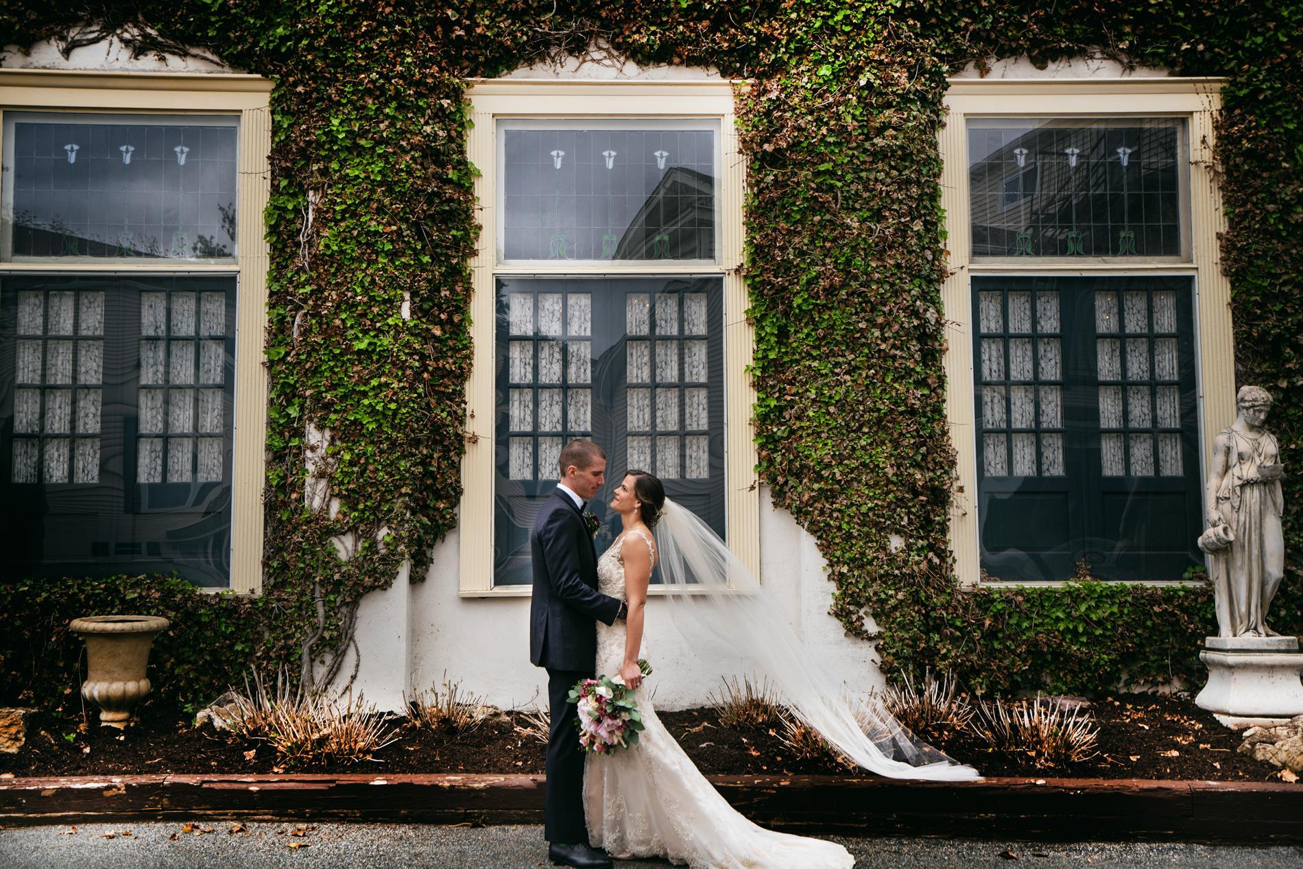 Noelle and Matthew Wedding Photos