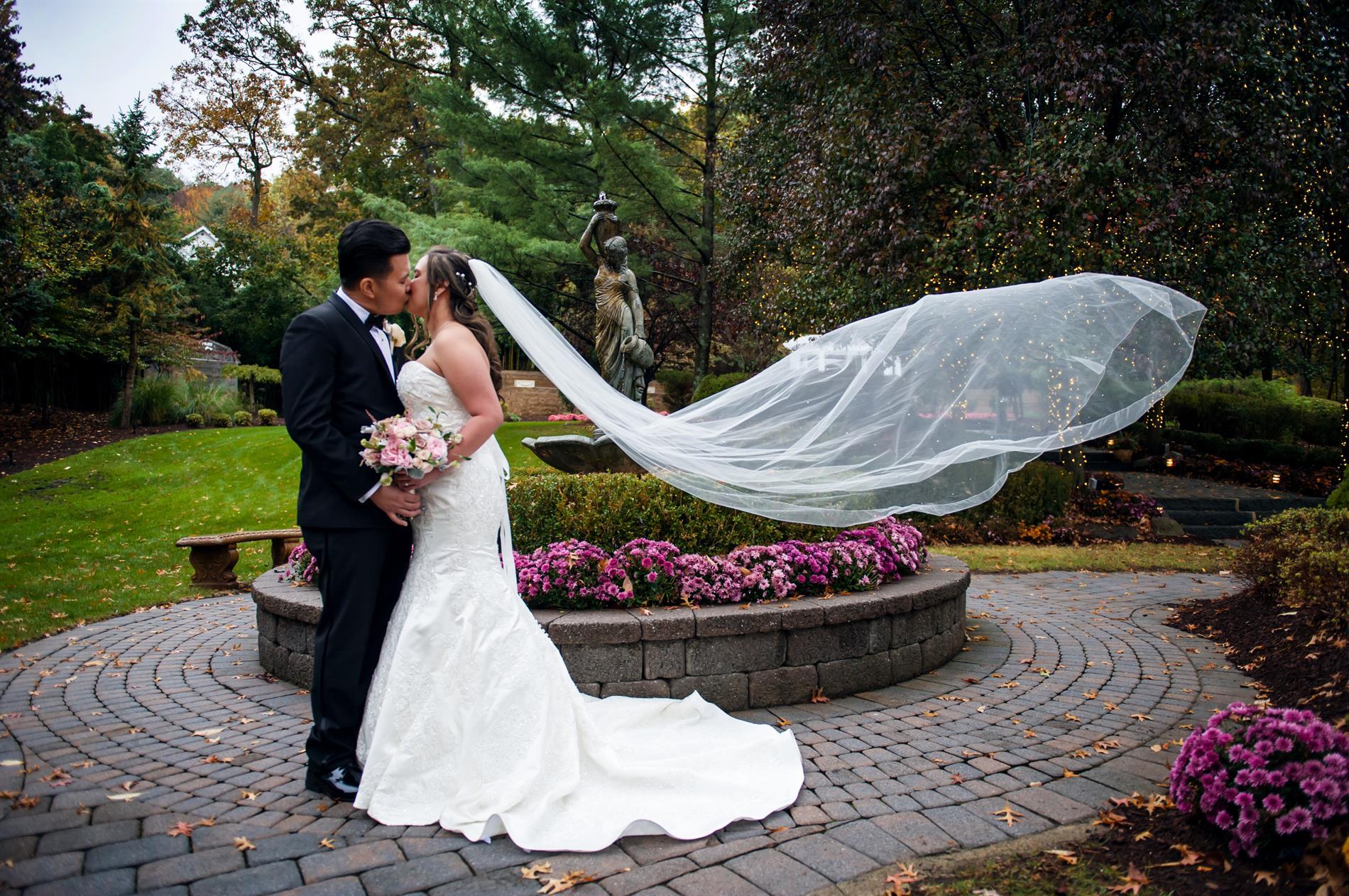 Michelle and Aaron Wedding Photos
