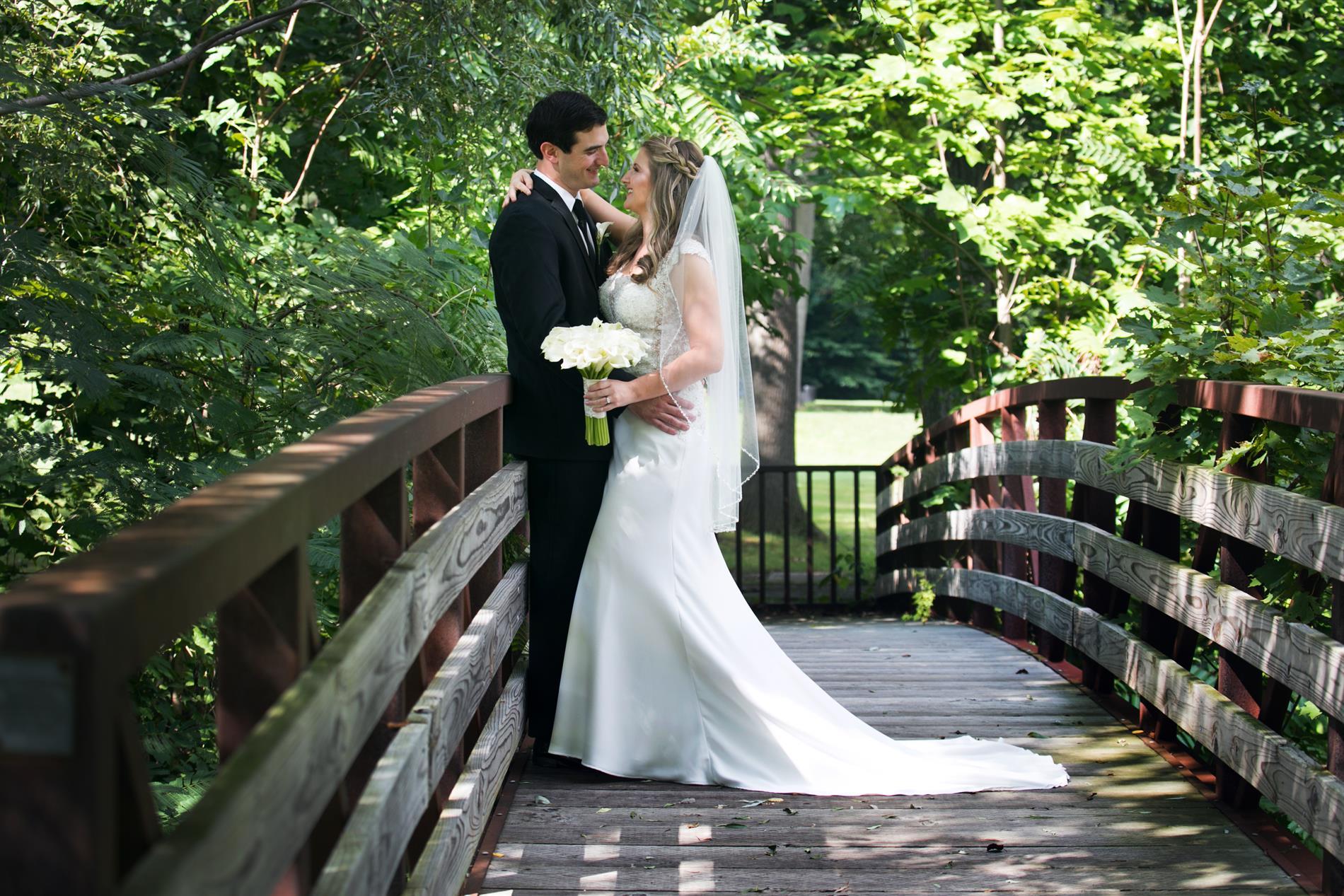 Lauren and Andrew Wedding Photos