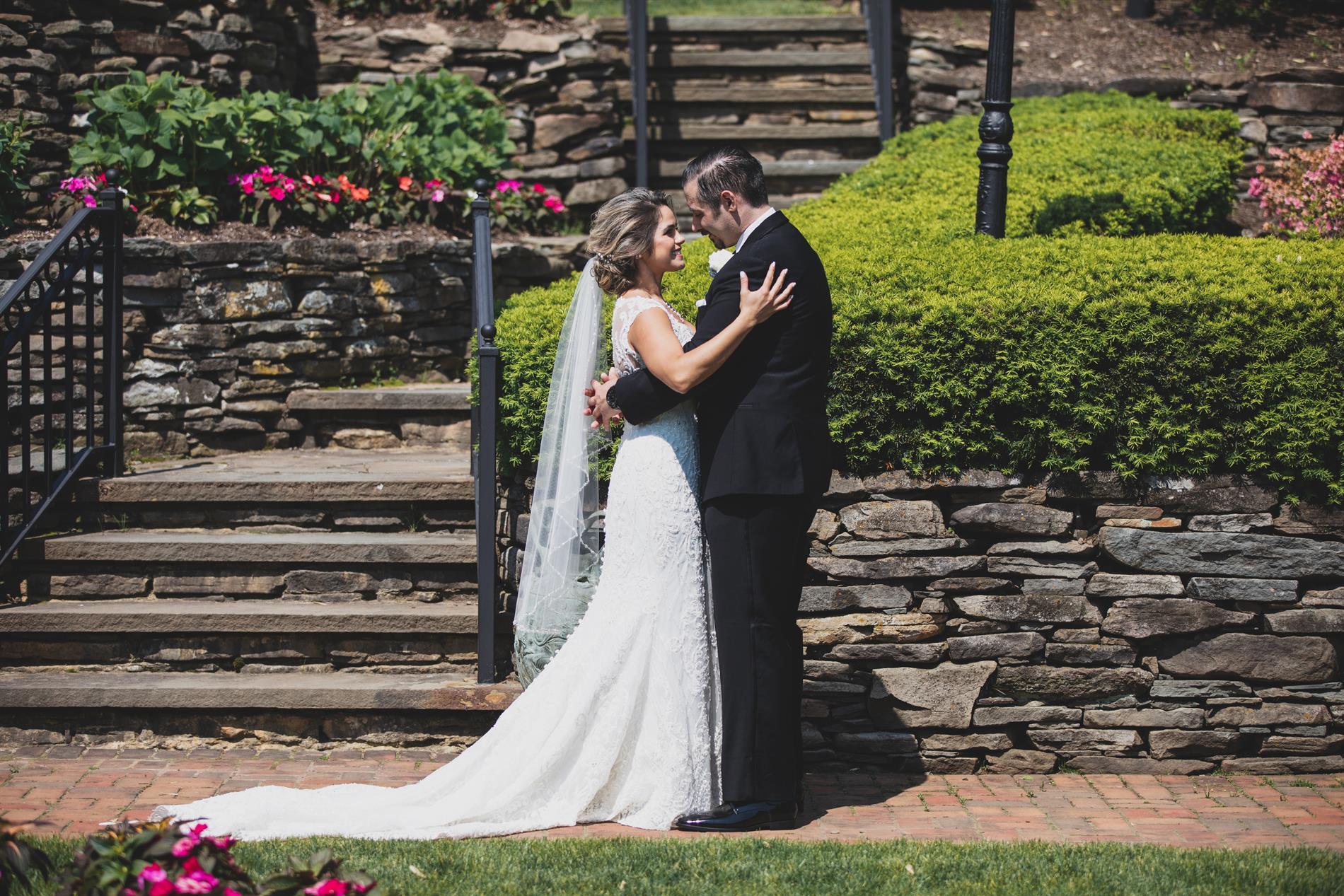 Vana and Jon Wedding Photos