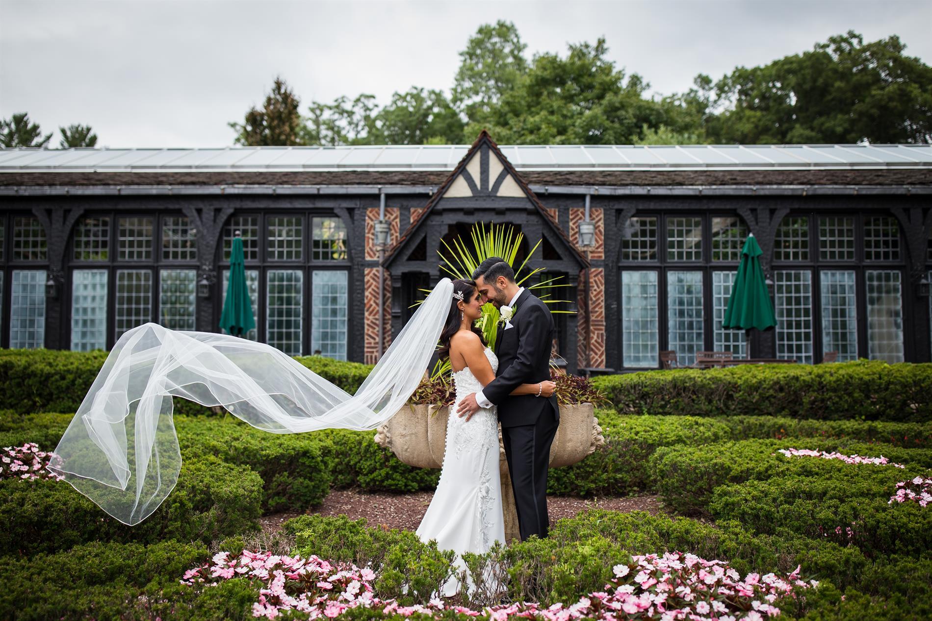 Holly and Chris Wedding Photos