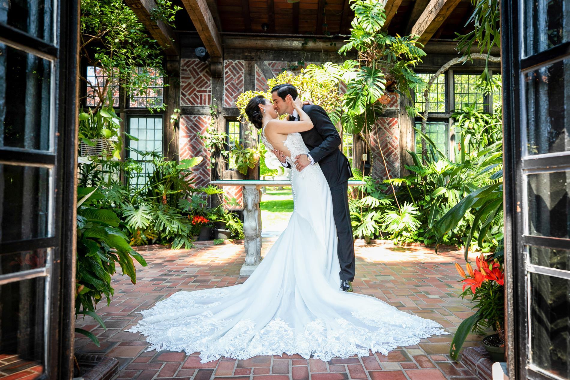 Julia & Sam Wedding Photos