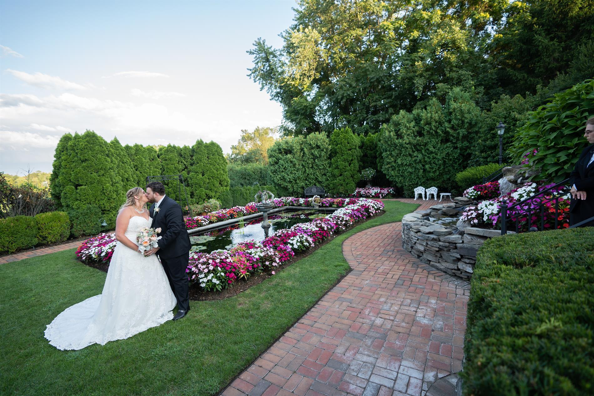 Lauren & Anthony Wedding Photos