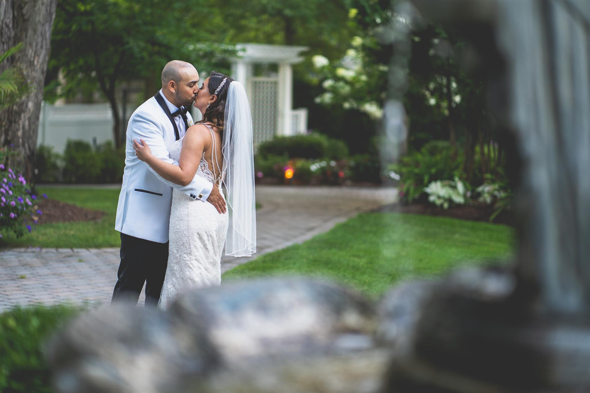 Elizabeth & Jose Wedding Photos
