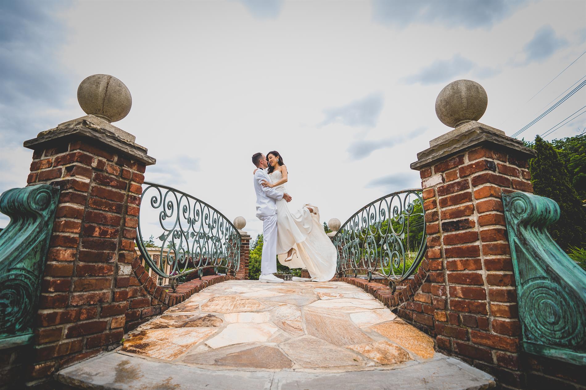Kristen & Robert Wedding Photos