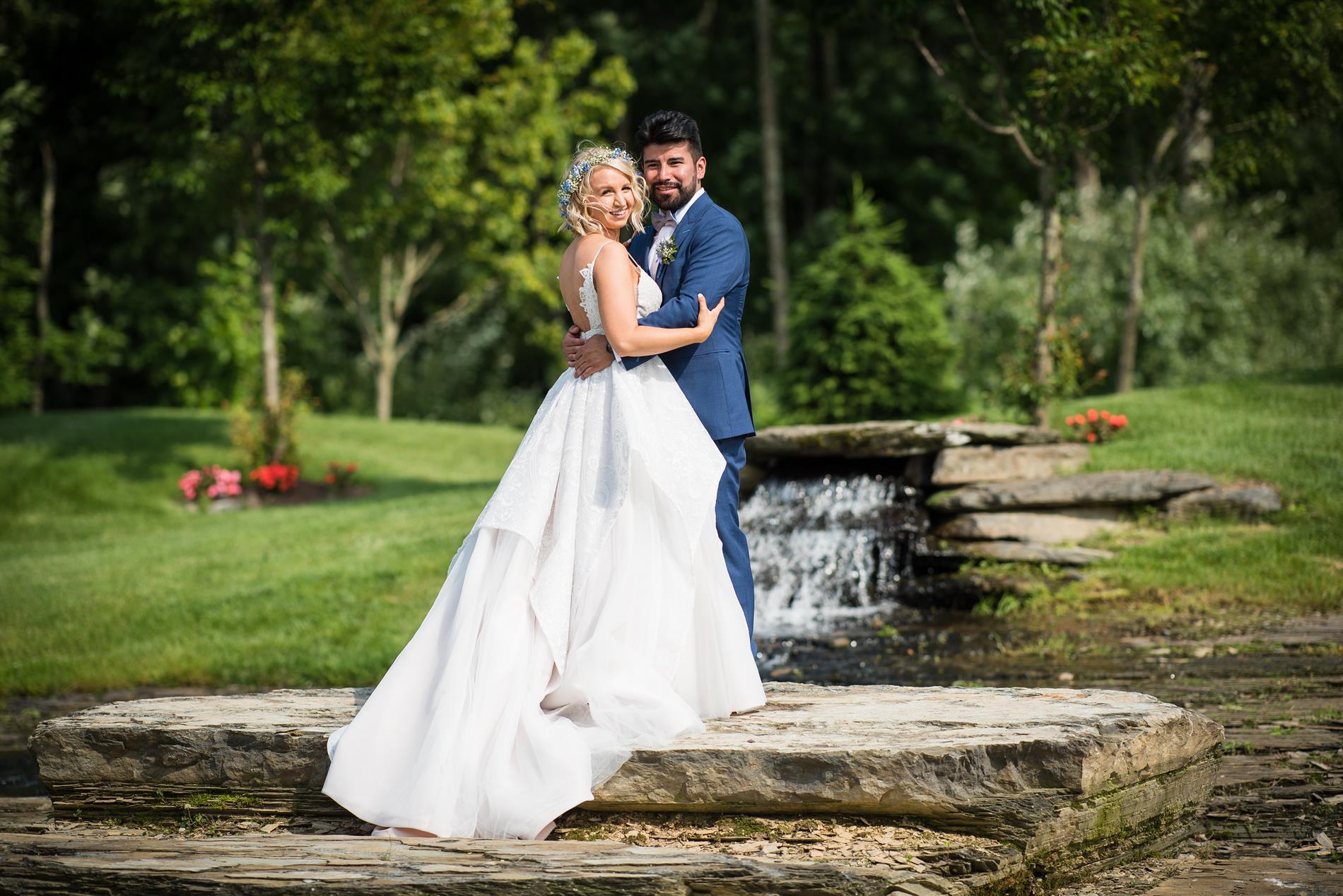 Chelsea & Jon Wedding Photos