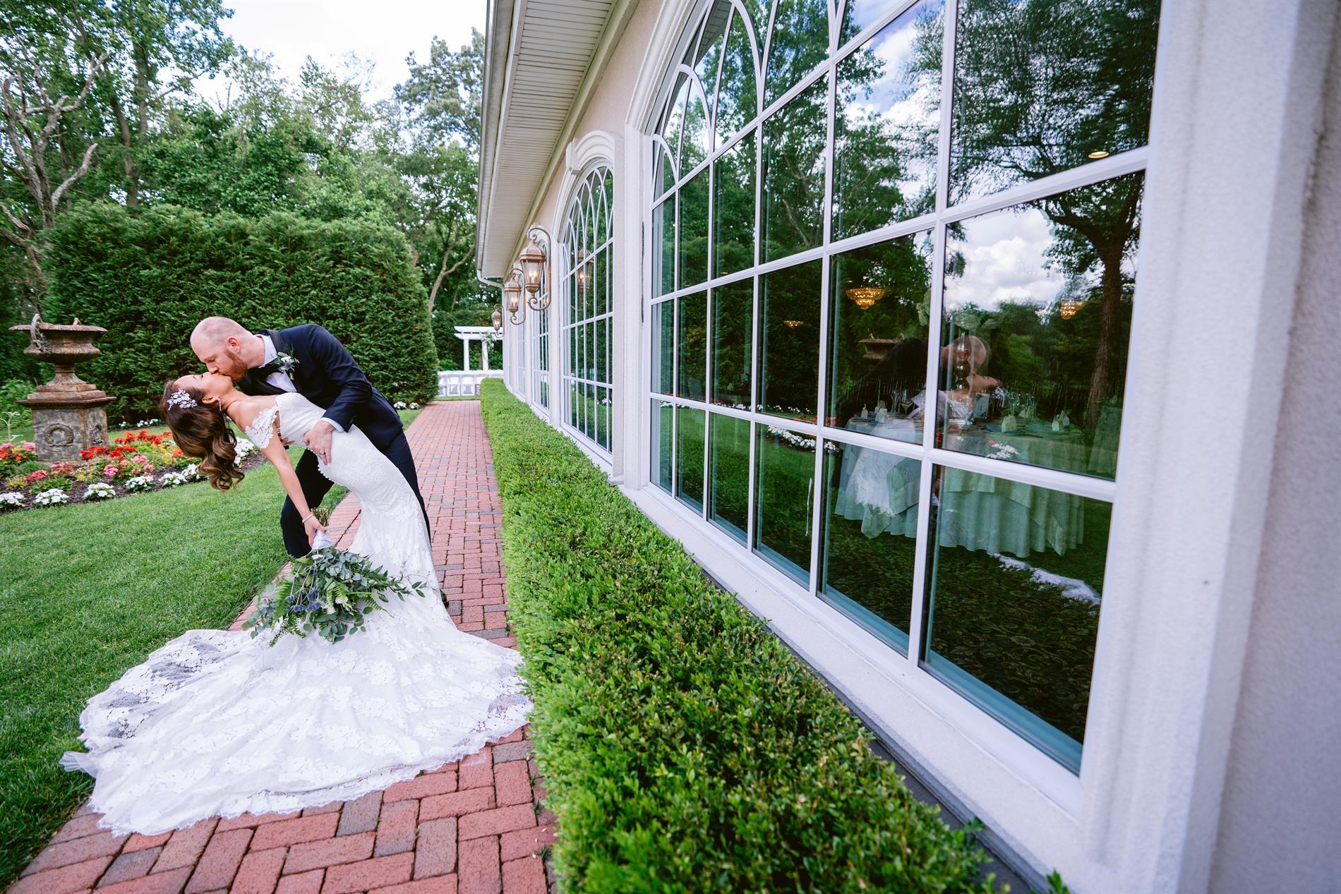 Linda & Dan Wedding Photos