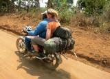 Kameroen Bangem op de motor 2