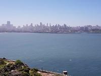 Uitzicht vanaf Alcatraz. Zo zagen de gevangenen waar het echte leven zich afspeelde.