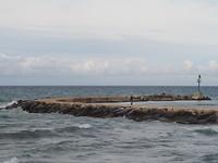 Stormachtig aan zee in Bari